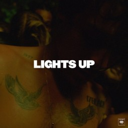 harry-styles-lights-up-1570765535-640x640